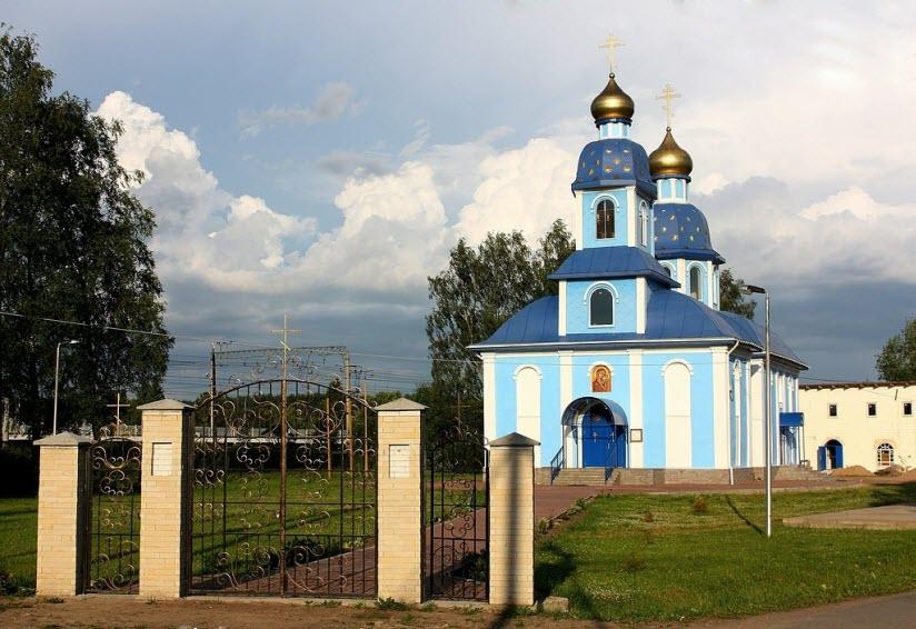Церковь Казанской Иконы Божьей Матери в Ушаках