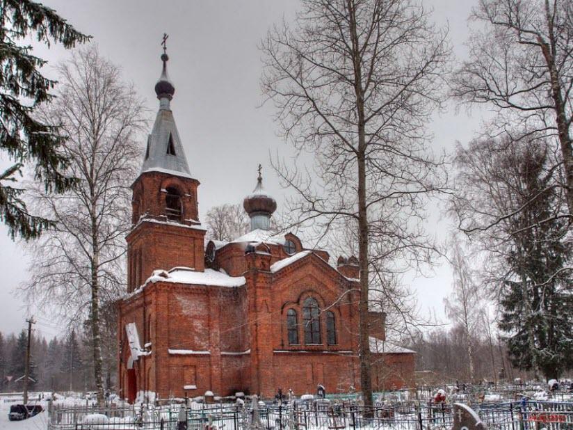 Церковь Николая Чудотворца и Александры Царицы в с. Ушаки