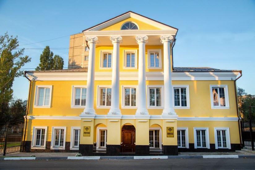 Здание гостиницы «Россия»