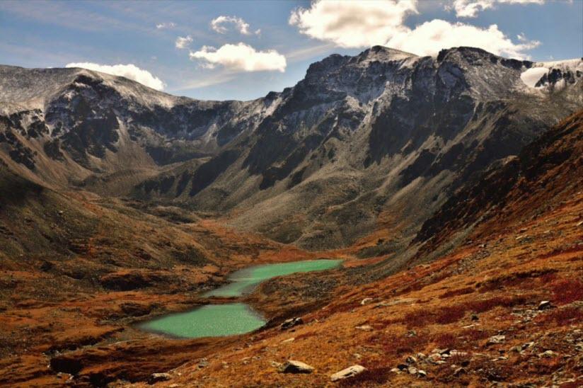 Гора Кызыл-Тайга