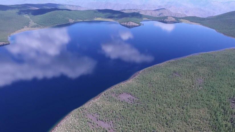 Озеро Сут-Холь