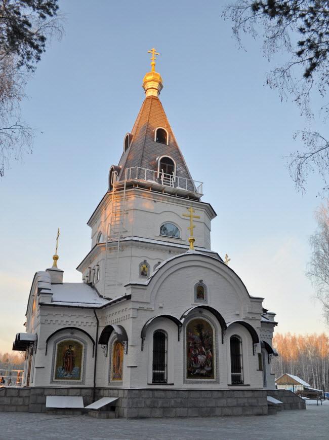 Храм благоверного Александра Невского