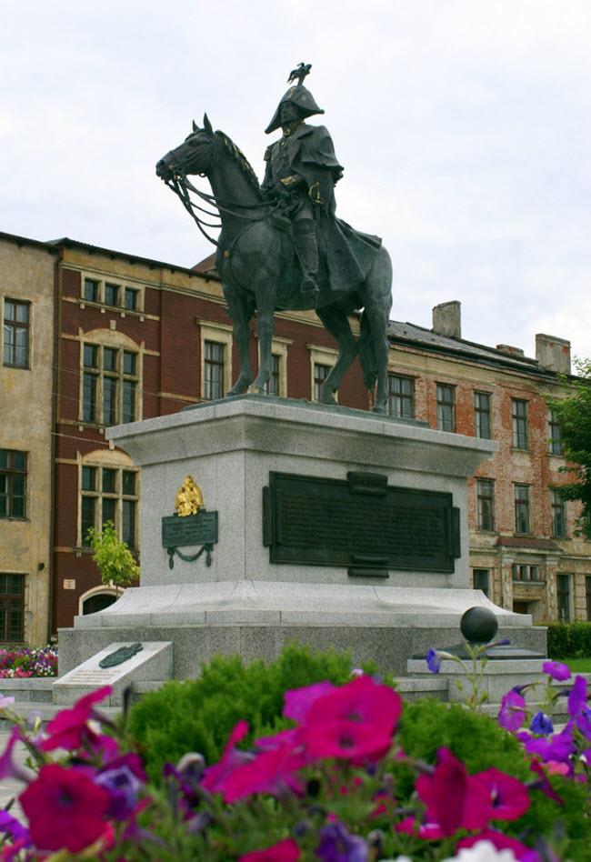 Памятник М.Б. Барклаю де Толли