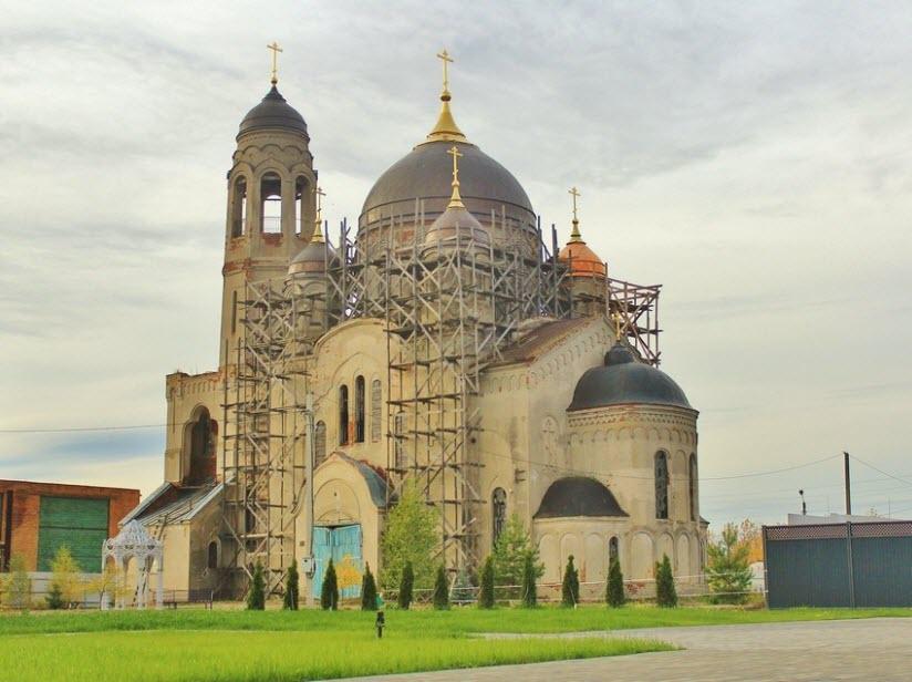 Покровский собор Пресвятой Богородицы