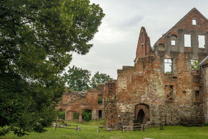 Замок Инстербург на фото